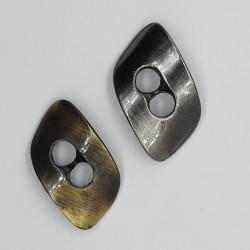 Botón trenca metálico decorativo envejecido