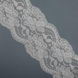 Encaje elástico blanco floral de 9 cms rematado en puntas especial para prendas de lencería, con un diseño elegante y original