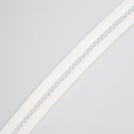 Cinta de vainica organza de color blanco de 1,5 cms especial para prendas y complementos de ceremonias
