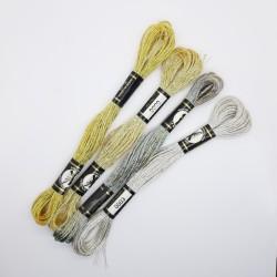 Madejas Mouliné metalizadas Presencia, especial para labores de punto de cruz