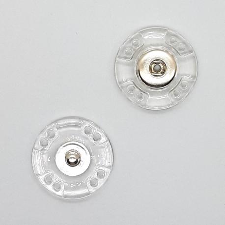 Broche de plástico transparente a presión. Cierre resistente de fácil colocación para prendas y complementos.