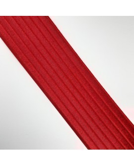 Cinta elástica con rayas marcadas de 6 cms. Especial para cinturones y para muchos más proyectos de costura y manualidades.