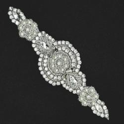 Aplique cristal brillante, elegante y distinguido. Especial para customizar tus prendas y complementos de novias y fiesta.