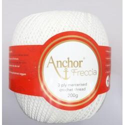 Hilo Anchor Freccia. Ovillo de color blanco de 200 gramos 100% algodón. Hilo mercerizado para crochet y ganchillo.