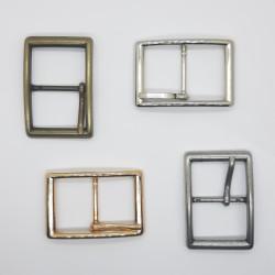Hebilla metálica rectangular de 3 cms