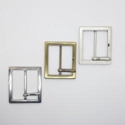 Hebilla metálica cuadrada plata de 4 cms