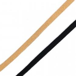 Tira de antelina de 5 mm de color mate sin brillo. Ideal para customizar prendas y complementos.