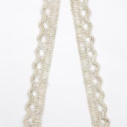 Puntilla de color lino 12 mm. Adorno para decorar o dar volumen y longitud a tus prendas y complementos.