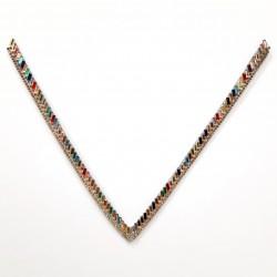 Cuello decorativo de cristal multicolor termoadhesivo de 21 cms. Aplique elegante con un toque deluxe para tus prendas.