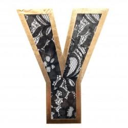 Aplique letra Y termoadhesiva. Adorno original y personalizado para embellecer tus prendas y complementos.