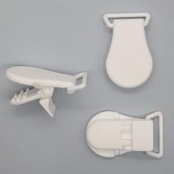 Pinza tirantes plástica 2 cms nylon. Accesorio fuerte y resistente especial para cintas, chupeteros, menajes del hogar, elástico