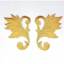 Aplicación bordada metalizada dorada dos piezas