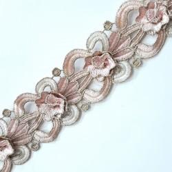 Tira de flores metalizada rosa palo 4,5 cms