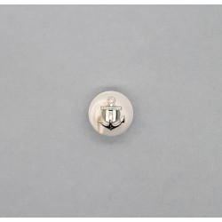 Botón poliéster ancla plata y base blanca