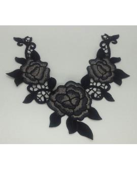 Aplique cuello flores bordadas termoadhesivo